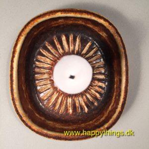 www.happythings.dk_141_Søholm_SOL_3653_lysestage_brunlig_keramik_03