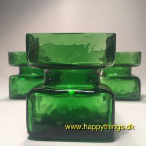 www.happythings.dk_359_Pala_Riihimäen_løgvase_glas_lille_grøn_02