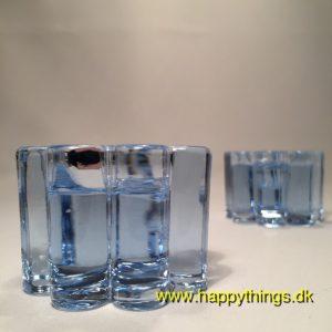 www.happythings.dk_421_Holmegaard_ARCADE_2 stk._små_lysestager_lyseblå_isblå_glas_02