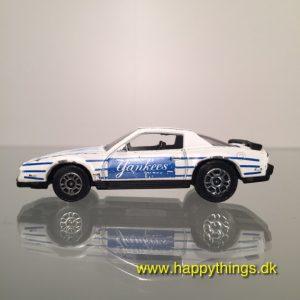 www.happythings.dk_478_Corgi_Pontiac Firebird SE_1982_hvid_02
