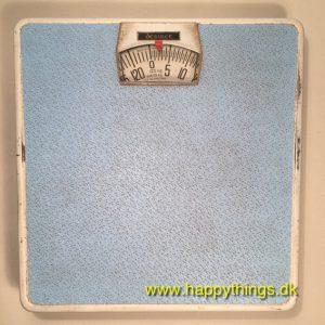 www.happythings.dk_49_mekanisk vægt_blå_vægt_mekanisk_01