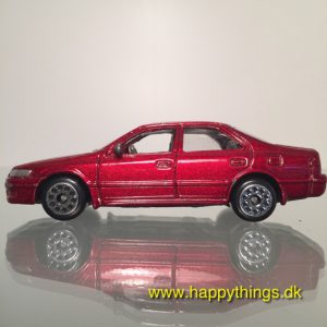 www.happythings.dk_501_China_Toyota Camry_rød_02
