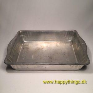 www.happythings.dk_684_Sky-line_bakeware_65460_firkantet_02