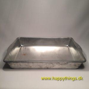 www.happythings.dk_685_Sky-line_bakeware_65462_firkantet_03