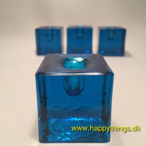 www.happythings.dk_766_lysestager_turkis_små lys_glas_glasstager_4 stk._03